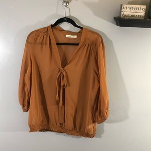 Old Navy Quarter Sleeve Tie Front Blouse